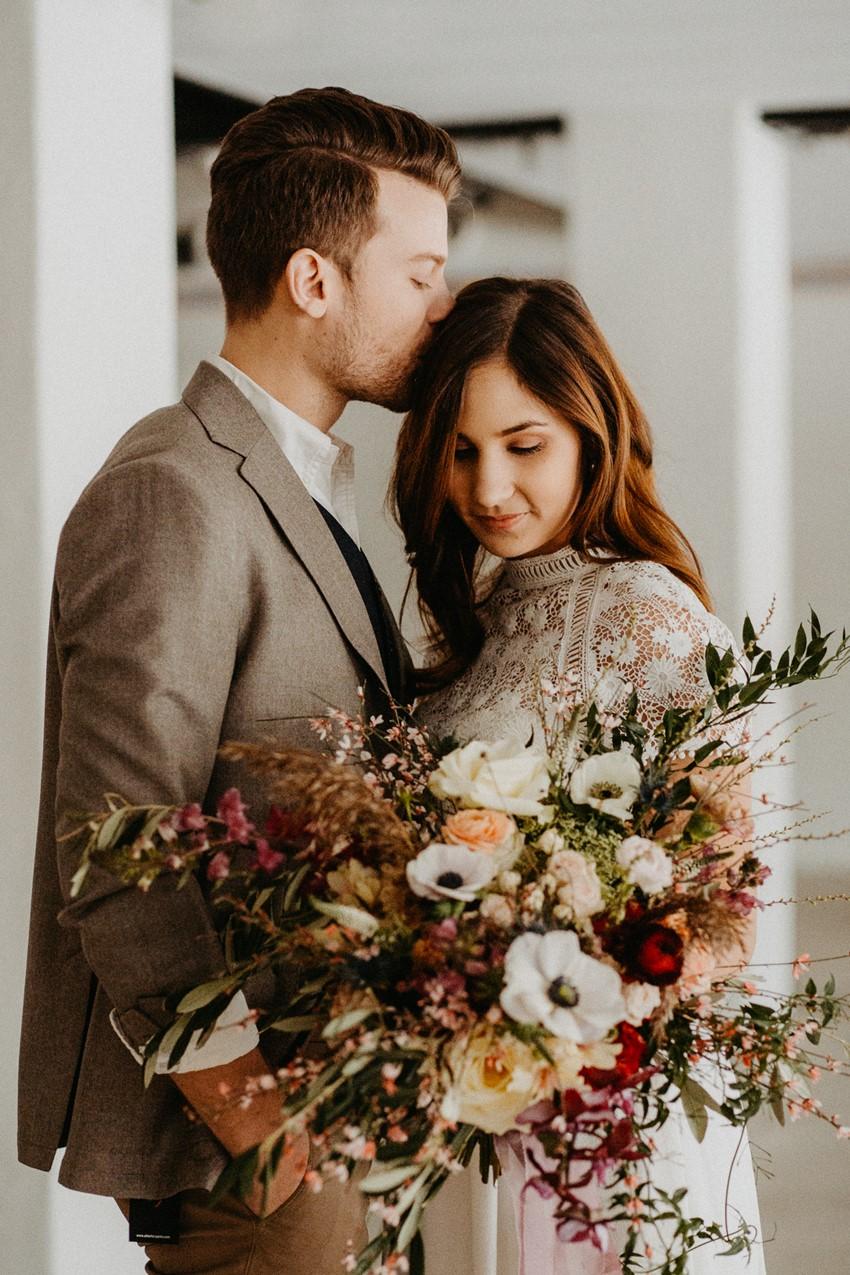 Hygge Fall Wedding Inspiration