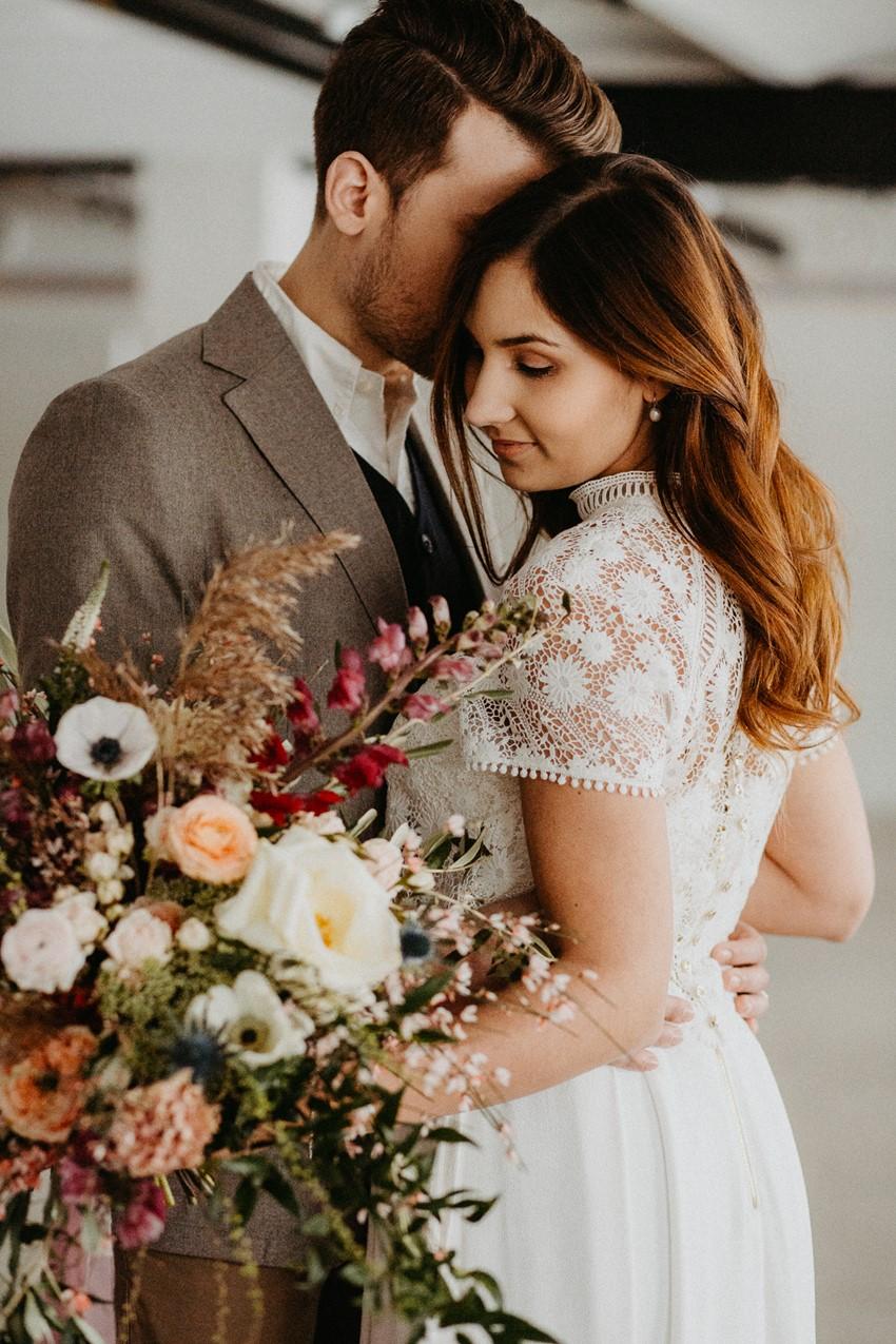 Romantic Scandi Fall Wedding Inspiration