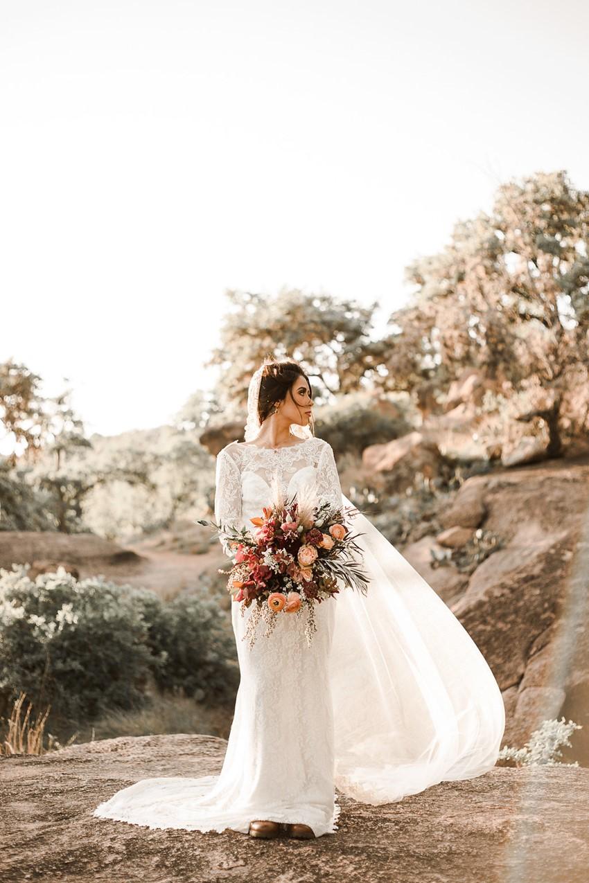 Boho Vintage Fall Bride