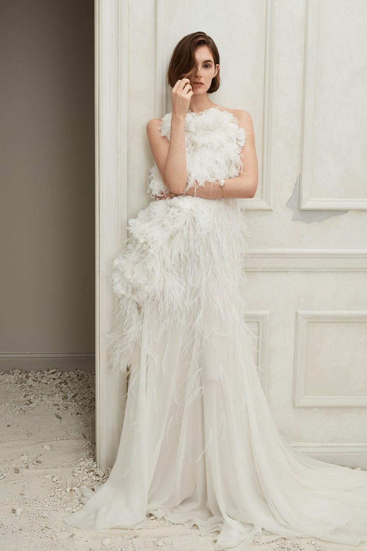 Top Bridal Trends for 2019 - Feathers Oscar de la Renta Fall 2019 Bridal