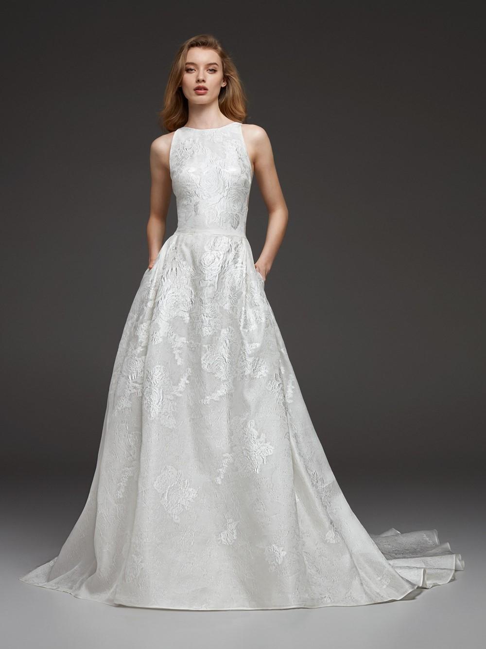 2019 Bridal Trends - Pockets Pronovias CYNTHIA Fall 2019 Bridal