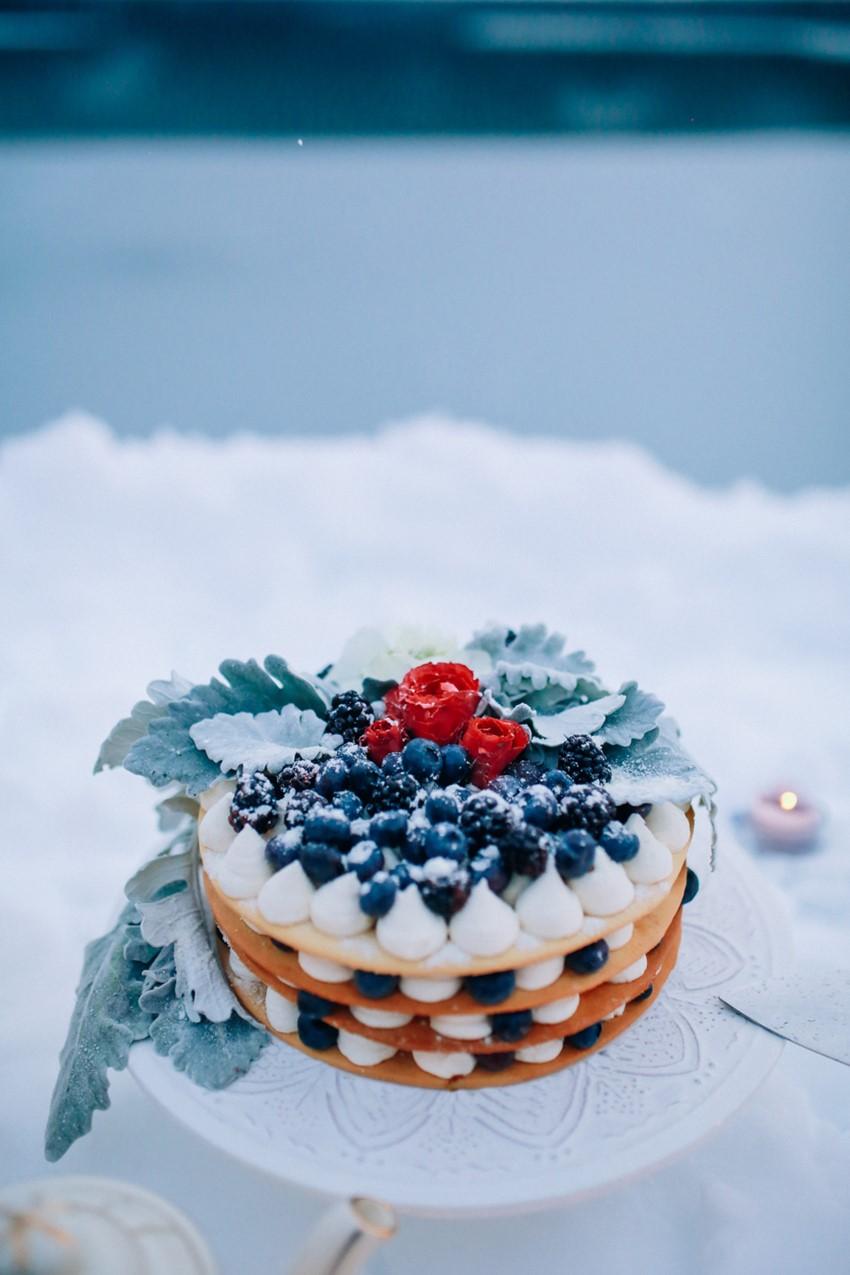 Winter Wedding Cake Alternative