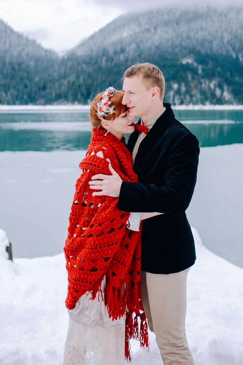 Rustic Vintage Winter Bride & Groom