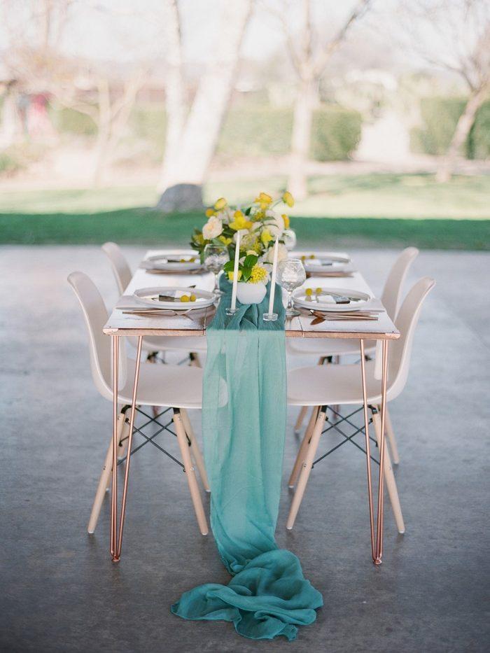Minimalist Garden Wedding Table